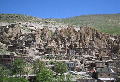 خانه های صخره ای (سنگی)